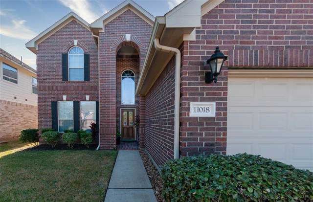 11018 Oasis View Lane, Houston, TX 77034 (MLS #97592998) :: Phyllis Foster Real Estate