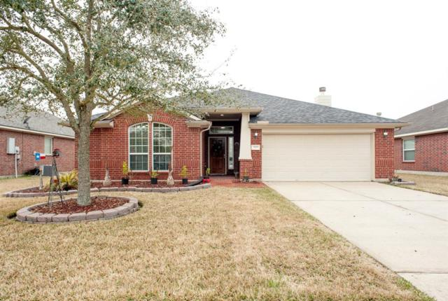 2030 Sandy Bank Lane, Pearland, TX 77581 (MLS #97594890) :: Christy Buck Team