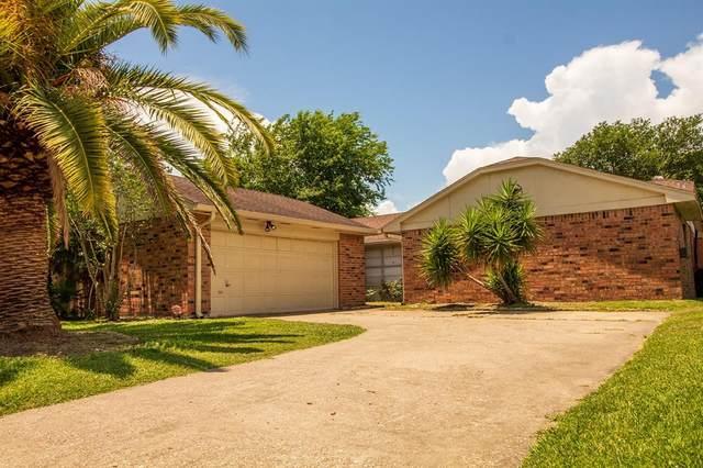 2514 Forge Stone Drive, Friendswood, TX 77546 (MLS #97625616) :: Ellison Real Estate Team