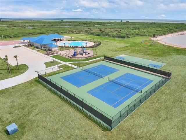 000 Camp Hulen Drive, Palacios, TX 77465 (MLS #97640514) :: The Freund Group