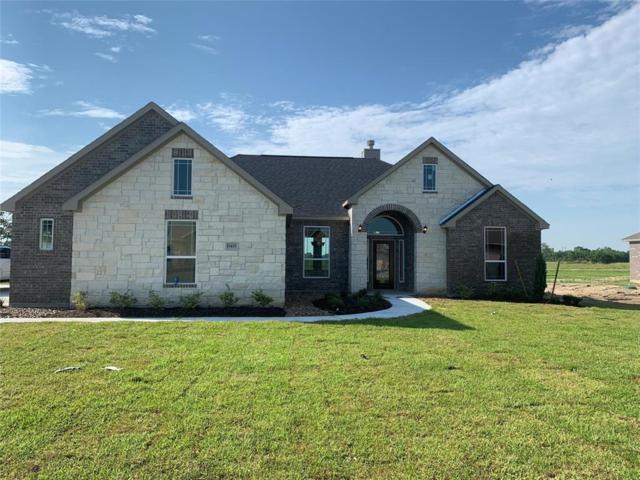 11426 Kings Point Boulevard, Mont Belvieu, TX 77535 (MLS #97649419) :: Giorgi Real Estate Group