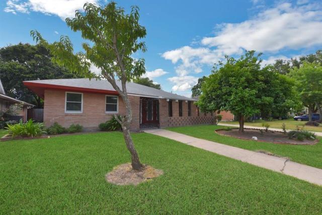 9226 Kapri Lane, Houston, TX 77025 (MLS #97765478) :: Fairwater Westmont Real Estate