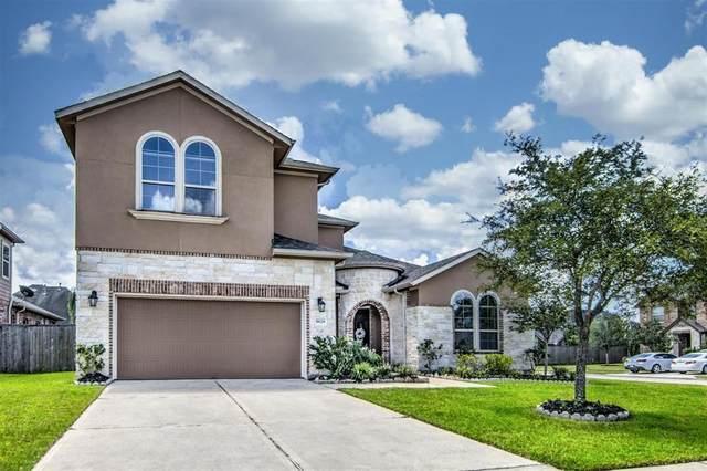 9628 Eden Ridge Lane, Pearland, TX 77584 (MLS #97782410) :: The Freund Group