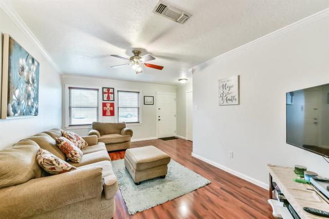 2313 30th Avenue, Texas City, TX 77590 (MLS #97819418) :: Texas Home Shop Realty