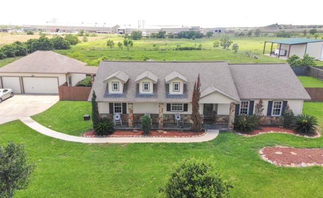 1963 Settlers Court Drive, Sealy, TX 77474 (MLS #97897423) :: Magnolia Realty