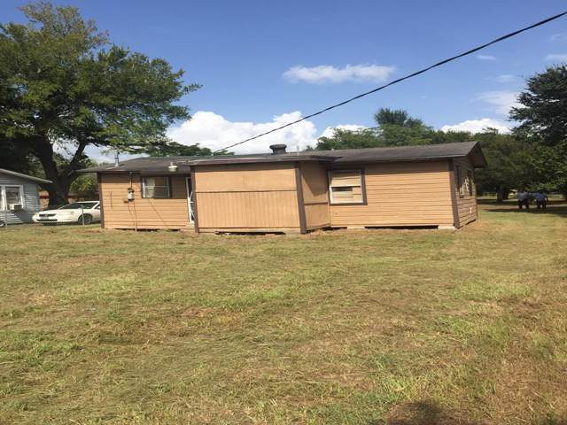 1243 2nd Street, Hempstead, TX 77445 (MLS #9794142) :: The Heyl Group at Keller Williams