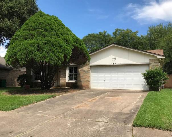 70 Ranch House Loop, Angleton, TX 77515 (MLS #98028991) :: The Bly Team