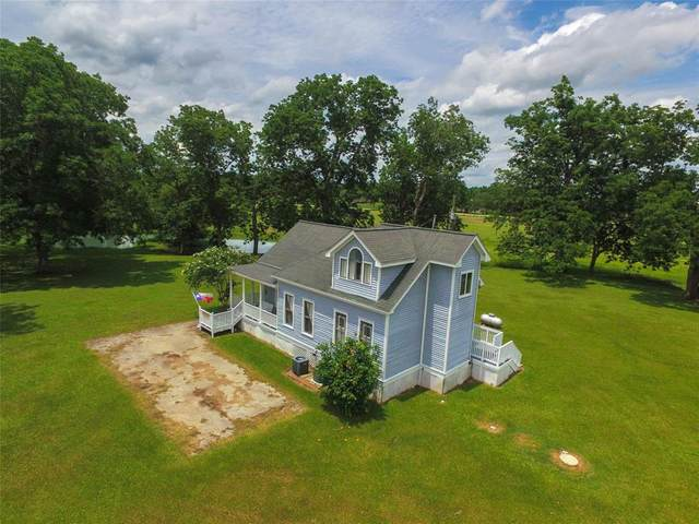 9701 County Road 160, Boling, TX 77420 (MLS #98038993) :: Giorgi Real Estate Group