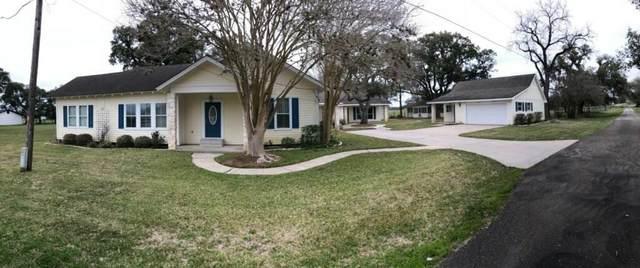 505 State Highway 111 W, Yoakum, TX 77995 (MLS #98067052) :: Ellison Real Estate Team