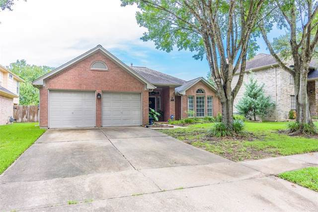 121 Crimson Bay Drive, League City, TX 77573 (MLS #98069391) :: The Heyl Group at Keller Williams
