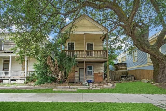 902 9th Street, Galveston, TX 77550 (MLS #98103484) :: Keller Williams Realty