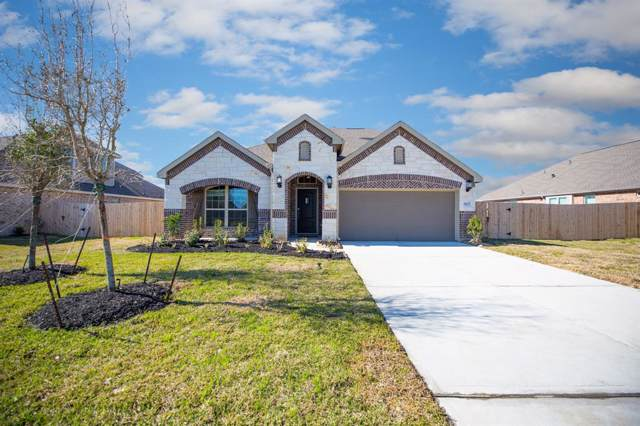 9207 Regan Way, Mont Belvieu, TX 77523 (MLS #98107544) :: Caskey Realty