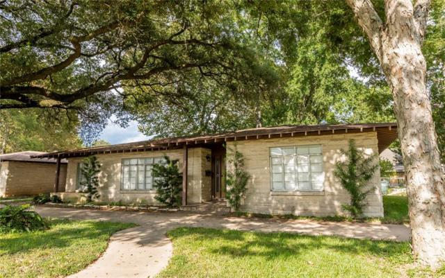 312 Smith Street, Columbus, TX 78934 (MLS #98112278) :: The SOLD by George Team