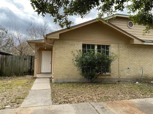 6907 Greenyard Dr, Houston, TX 77086 (MLS #98235497) :: Lisa Marie Group | RE/MAX Grand