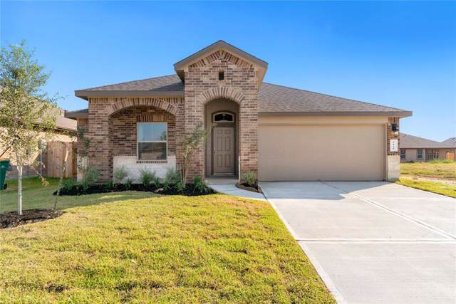 3930 Barnacle Court, Baytown, TX 77521 (MLS #98251760) :: The Sold By Valdez Team