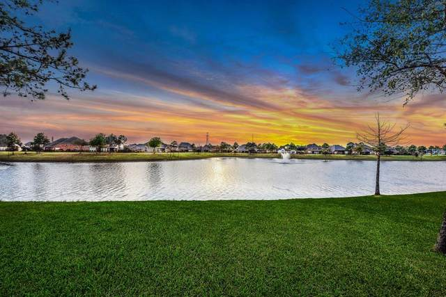 13434 Swift Creek Drive, Pearland, TX 77584 (MLS #98348013) :: The Freund Group
