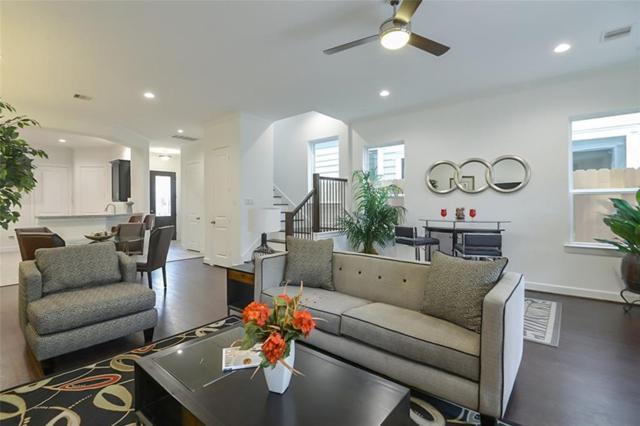 3705 Newhouse St, Houston, TX 77019 (MLS #9840993) :: Krueger Real Estate