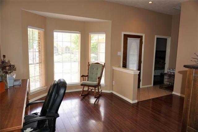1129 Glenmeadows Drive, La Porte, TX 77571 (MLS #98416676) :: The SOLD by George Team