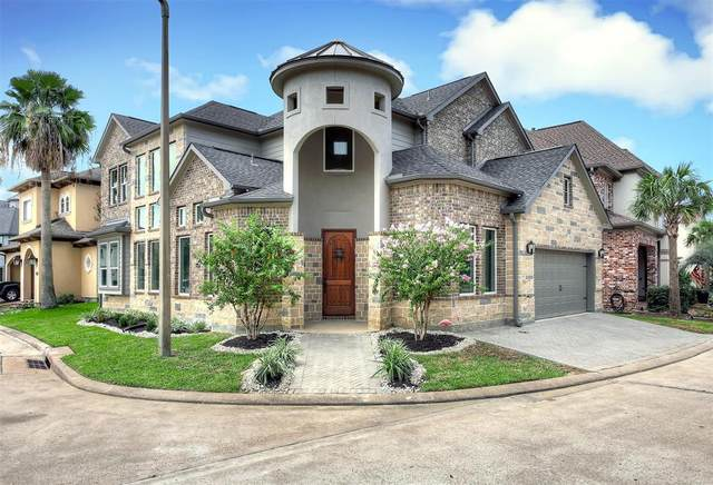 1405 Waterside Dr, League City, TX 77573 (MLS #98441780) :: The Bly Team