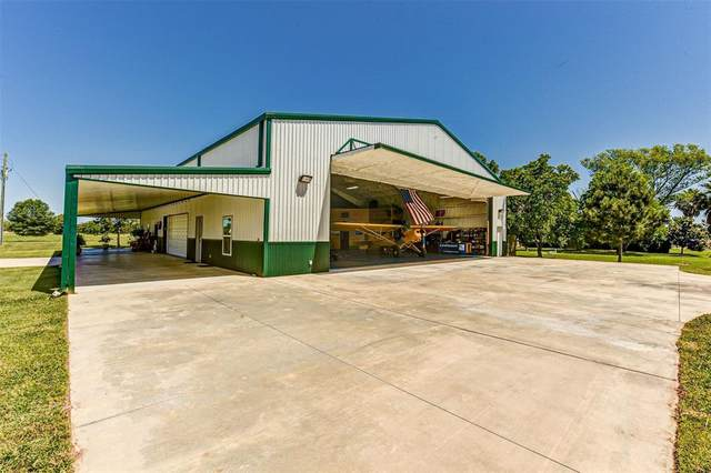 111 Taxiway, Livingston, TX 77351 (MLS #98447718) :: Michele Harmon Team