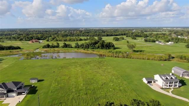 810 County Road 34, Danbury, TX 77534 (MLS #98453966) :: Phyllis Foster Real Estate