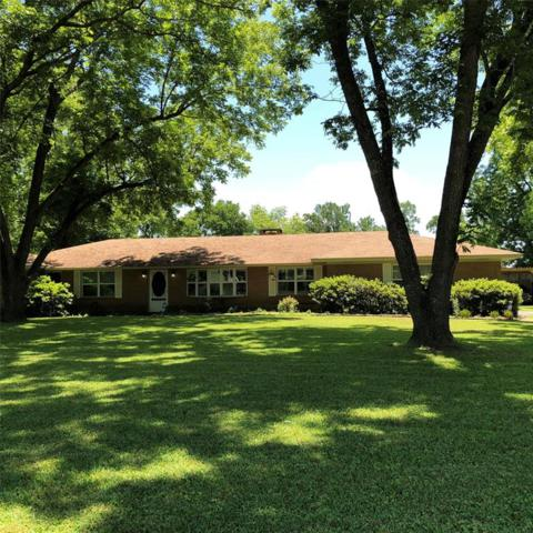 2803 E Houston Avenue E, Crockett, TX 75835 (MLS #98469434) :: Texas Home Shop Realty