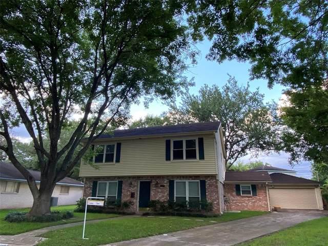 8206 Breas Meadow Drive, Houston, TX 77071 (MLS #98494546) :: Lerner Realty Solutions