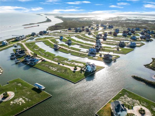 16 Sugarloaf, Hitchcock, TX 77563 (MLS #98536186) :: Ellison Real Estate Team