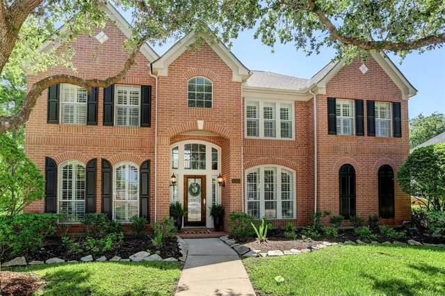 1418 Forest Bend Drive, Sugar Land, TX 77479 (MLS #98550615) :: Homemax Properties