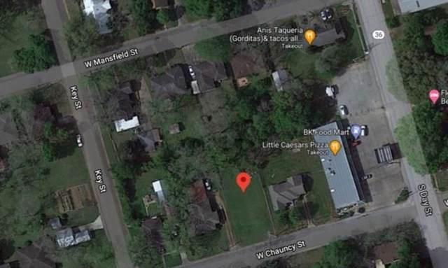 406 W Chauncy Street, Brenham, TX 77833 (MLS #98573986) :: My BCS Home Real Estate Group