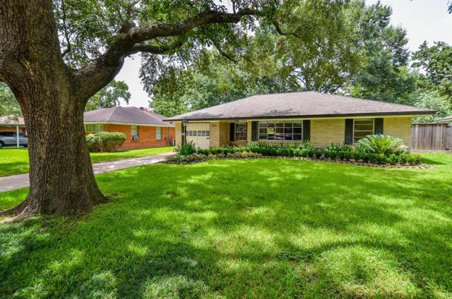 2030 Saxon Drive, Houston, TX 77018 (MLS #98577127) :: King Realty