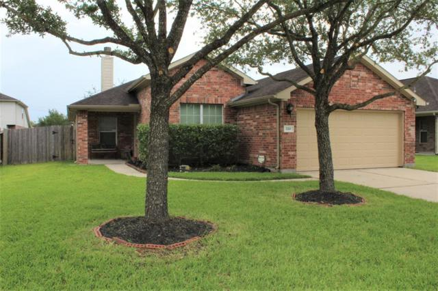 220 Silverbrook Lane, Dickinson, TX 77539 (MLS #9860488) :: Connect Realty