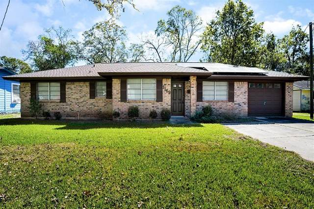1169 E Kyle Road, Clute, TX 77531 (MLS #98606253) :: Lerner Realty Solutions