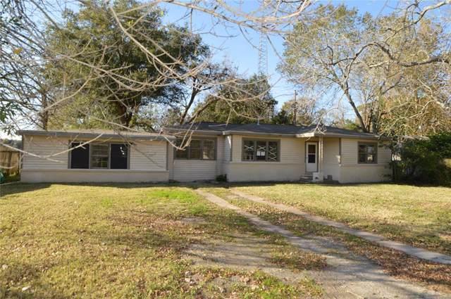 6818 W Bayou Drive, Hitchcock, TX 77563 (MLS #98656012) :: Texas Home Shop Realty