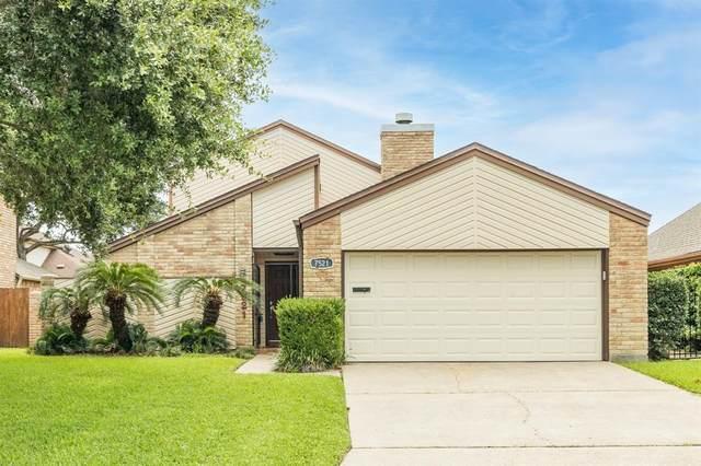 7521 Beluche Drive, Galveston, TX 77551 (MLS #98701901) :: Giorgi Real Estate Group