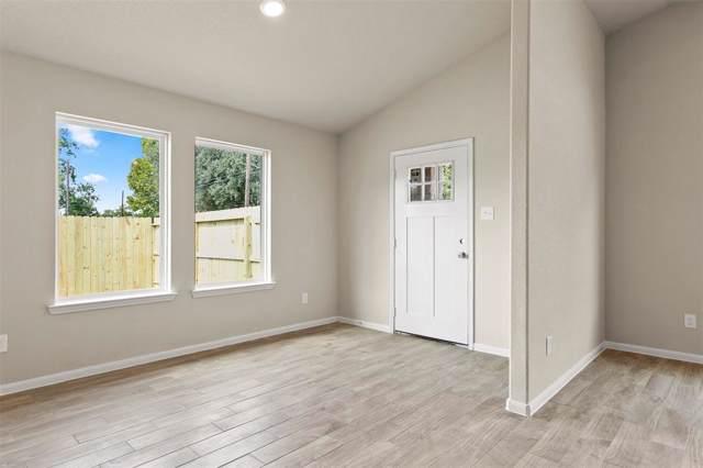 4518 Collins Street, Houston, TX 77093 (MLS #98706352) :: Texas Home Shop Realty