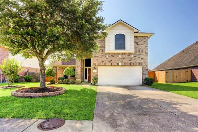 3719 Wild Oak Drive, Pearland, TX 77581 (MLS #98754552) :: Christy Buck Team