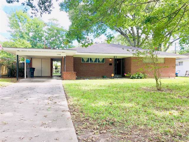 1409 Highland Drive, Bay City, TX 77414 (MLS #98785316) :: The Sold By Valdez Team