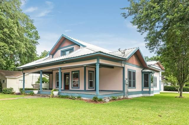 502 W Sealy Street, Alvin, TX 77511 (MLS #98790129) :: Giorgi Real Estate Group