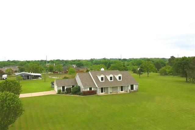 855 Barrell Road, Alvin, TX 77511 (MLS #98936010) :: Phyllis Foster Real Estate