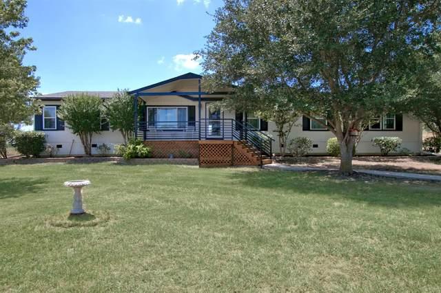 270 Spur Trail, Seguin, TX 78155 (MLS #98940565) :: Caskey Realty