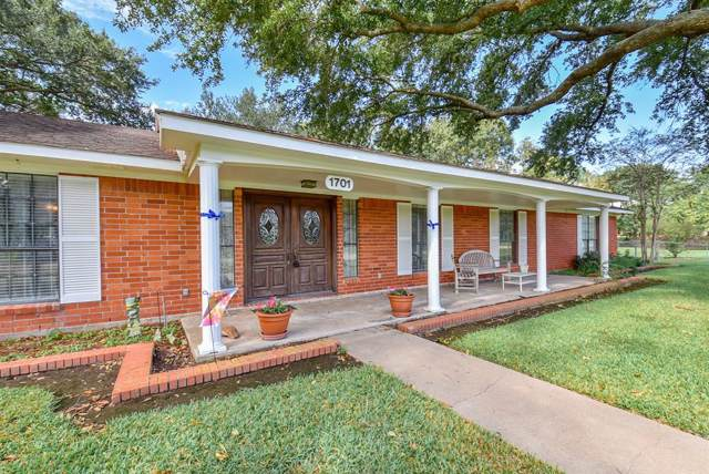 1701 St Lukes Drive, El Campo, TX 77437 (MLS #98955441) :: The Freund Group
