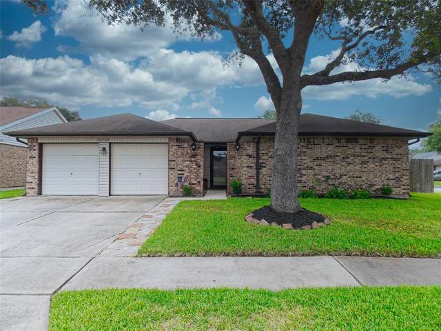 16739 Carrack Turn Drive, Friendswood, TX 77546 (MLS #98985082) :: Texas Home Shop Realty