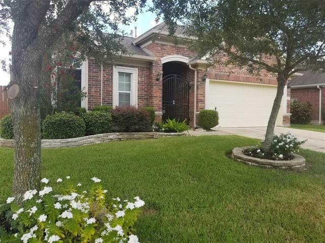 2082 Silverthorn Lane, Kemah, TX 77565 (MLS #98990537) :: Texas Home Shop Realty