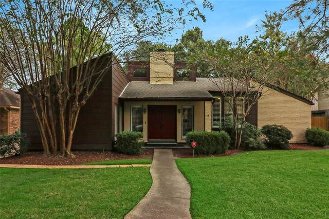 13918 Swiss Hill Drive, Houston, TX 77077 (MLS #98990945) :: Lerner Realty Solutions
