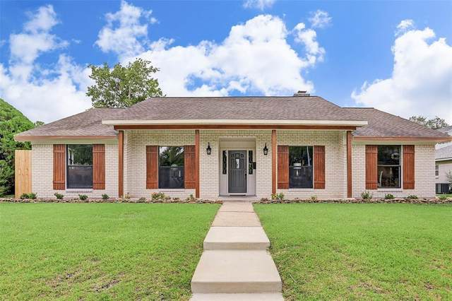 9726 Braesmont Drive, Houston, TX 77096 (MLS #9950154) :: Guevara Backman