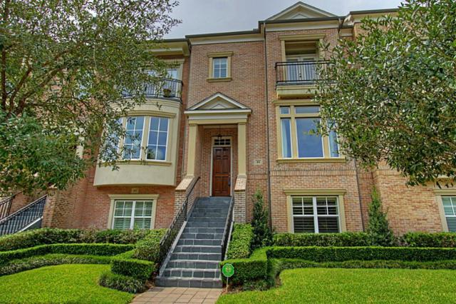 15 Colonial Row Drive, The Woodlands, TX 77380 (MLS #9962901) :: Giorgi Real Estate Group