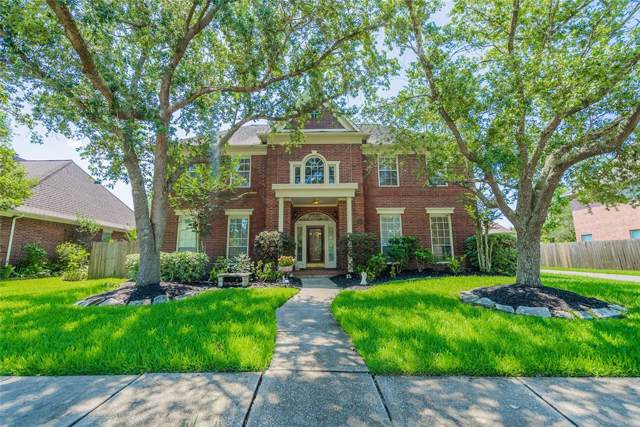 509 Eagle Lakes Drive, Friendswood, TX 77546 (MLS #10133042) :: The Queen Team