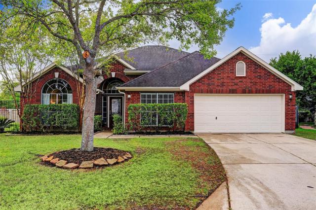 542 Chickory Field Lane, Pearland, TX 77584 (MLS #1054166) :: The Bly Team