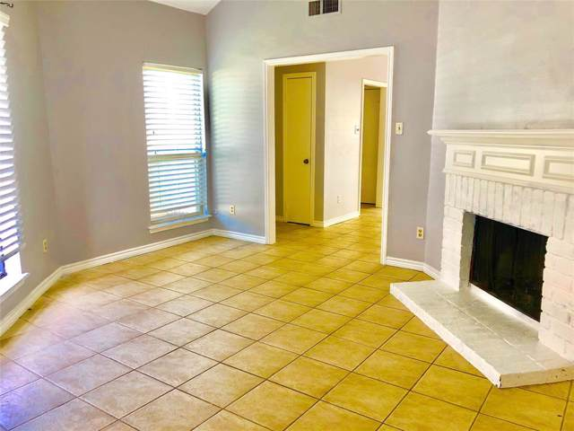 3704 Woodchase Drive 66D, Houston, TX 77042 (MLS #10655783) :: CORE Realty